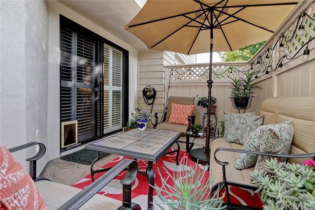 15111 Freeman Avenue #92, Lawndale, CA 90260 (#SB18274230) :: Naylor Properties