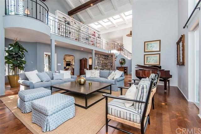 3211 N Poinsettia Avenue, Manhattan Beach, CA 90266 (#SB18274248) :: RE/MAX Empire Properties