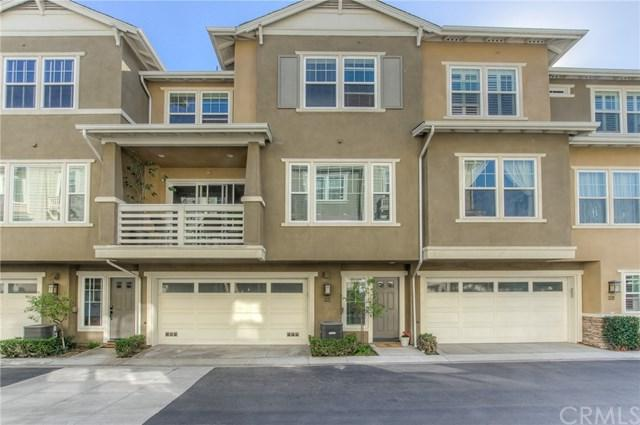 1800 Oak Street #207, Torrance, CA 90501 (#SB18272938) :: Fred Sed Group