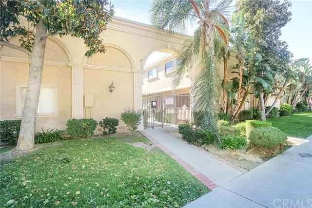 20234 Cohasset Street #3, Winnetka, CA 91306 (#WS18268247) :: Go Gabby