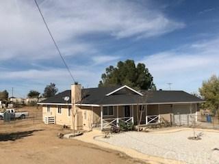 12262 Beaver Avenue, Victorville, CA 92392 (#CV18274583) :: Go Gabby