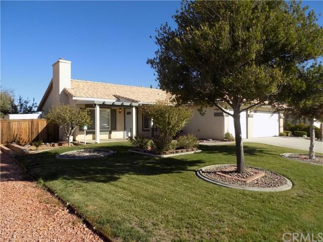 14454 Ponderosa Ranch Road, Victorville, CA 92392 (#EV18274585) :: Go Gabby
