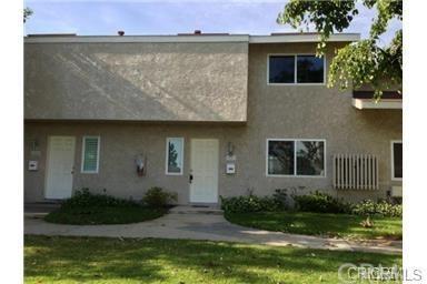1403 N Elderberry Avenue, Ontario, CA 91762 (#TR18261587) :: Go Gabby
