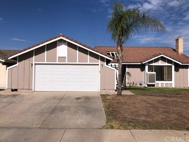 25640 Jonestown Drive, Moreno Valley, CA 92553 (#SW18273641) :: Go Gabby
