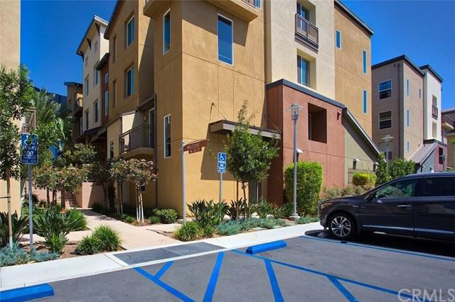 41 Waldorf, Irvine, CA 92612 (#NP18274354) :: Fred Sed Group