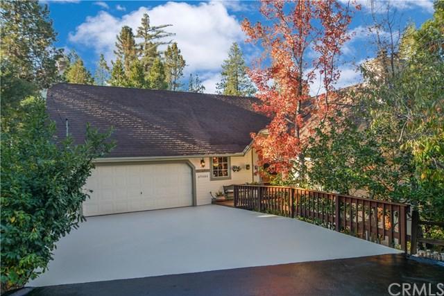 27093 Teakwood Court, Lake Arrowhead, CA 92352 (#EV18275607) :: Go Gabby