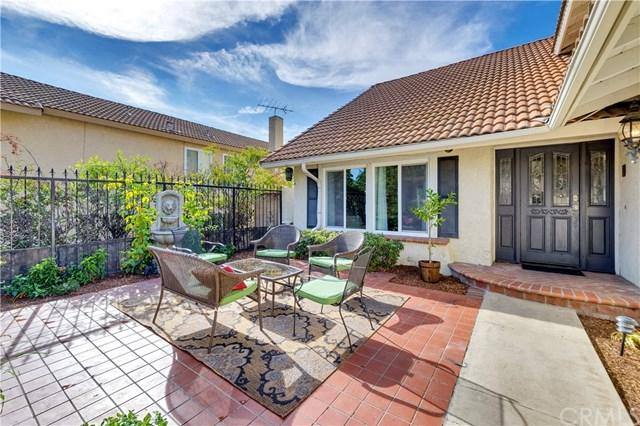 1575 Wedgewood Way, Upland, CA 91786 (#IV18275568) :: Mainstreet Realtors®