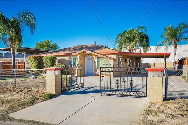 1716 Wallace Court, San Bernardino, CA 92408 (#CV18275542) :: Mainstreet Realtors®
