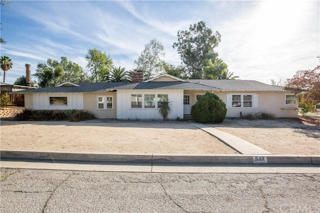 542 Via Vista Drive, Redlands, CA 92373 (#EV18275741) :: The DeBonis Team
