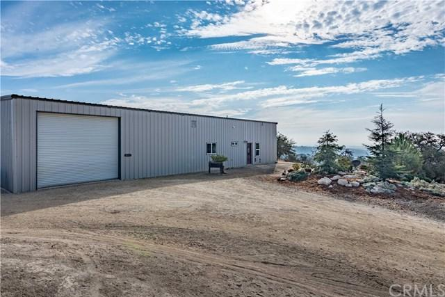 4265 Nickel Creek Road, San Miguel, CA 93451 (#NS18274319) :: California Realty Experts