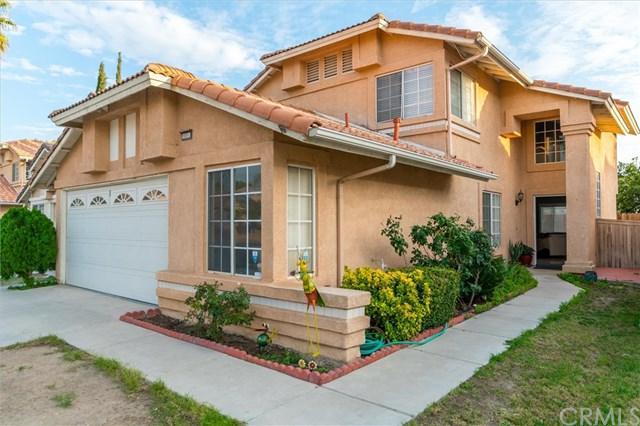 15553 Garnet Court, Fontana, CA 92337 (#CV18275150) :: Mainstreet Realtors®