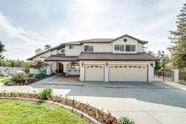 10427 Carrari Street, Rancho Cucamonga, CA 91737 (#CV18276228) :: The DeBonis Team