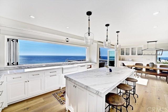 2524 Duarte Way, Laguna Beach, CA 92651 (#LG18276382) :: Doherty Real Estate Group