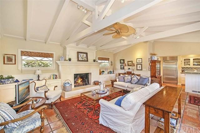 207 Via Firenze, Newport Beach, CA 92663 (#NP18276809) :: Doherty Real Estate Group