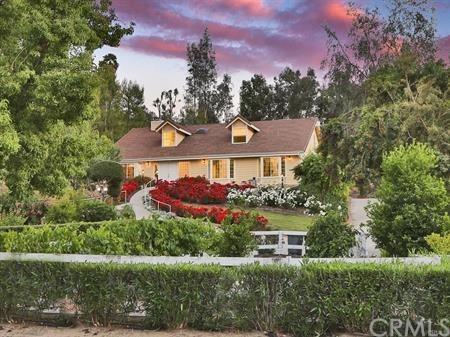 30213 Del Rey Road, Temecula, CA 92591 (#PW18277759) :: California Realty Experts