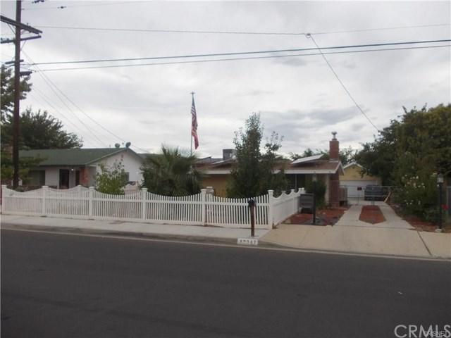 42347 52nd Street W, Quartz Hill, CA 93536 (#RS18277795) :: Hart Coastal Group