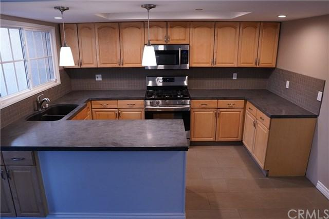 536 E Magnolia Boulevard #101, Burbank, CA 91501 (#BB18278010) :: Impact Real Estate