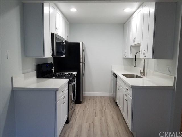 20555 S Vermont Avenue #1, Torrance, CA 90502 (#SB18278157) :: Mainstreet Realtors®