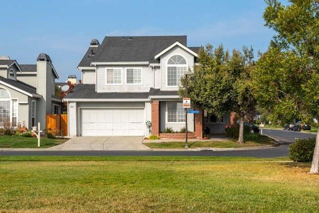 829 Bay Harbour Drive, Outside Area (Inside Ca), CA 94065 (#ML81731796) :: Fred Sed Group