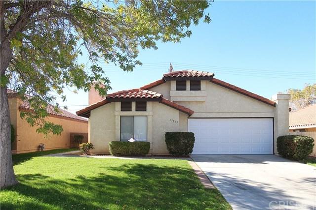 37537 Lilacview Avenue, Palmdale, CA 93550 (#SR18278514) :: Allison James Estates and Homes