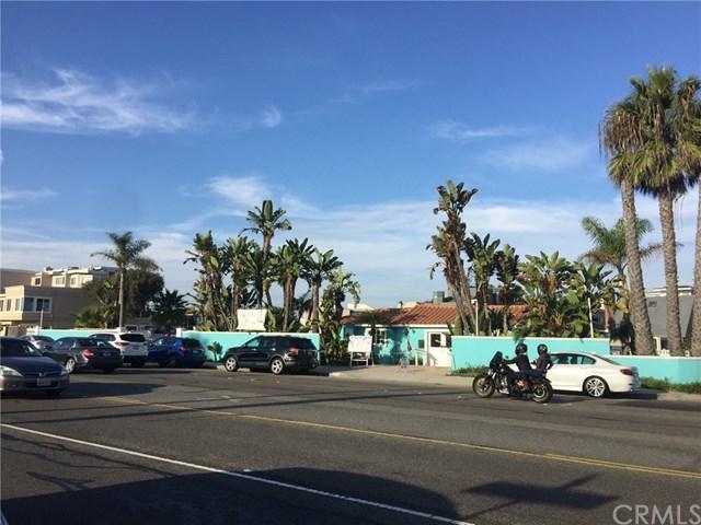 16722 Pacific Coast Hwy, Huntington Beach, CA 90742 (#WS18278758) :: J1 Realty Group