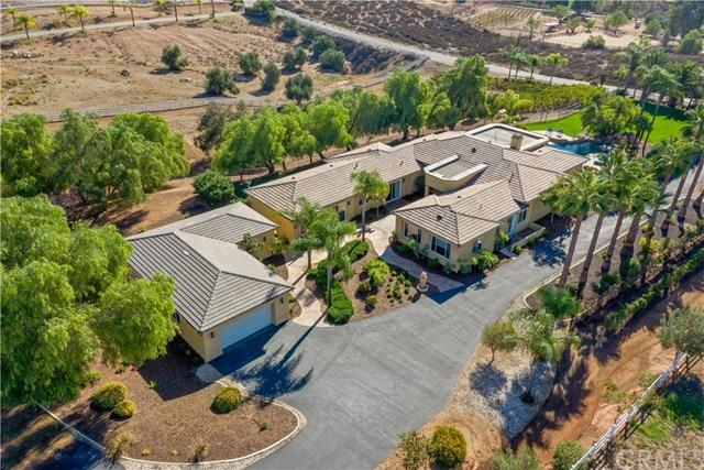 36544 Summitville Street, Temecula, CA 92592 (#SW18273629) :: Fred Sed Group