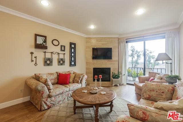8707 Falmouth Avenue #225, Playa Del Rey, CA 90293 (#18410702) :: Team Tami