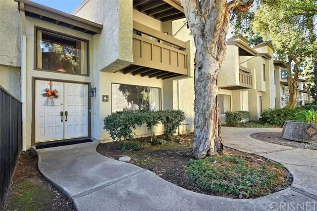 16235 Devonshire Street #18, Granada Hills, CA 91344 (#SR18279146) :: Mainstreet Realtors®