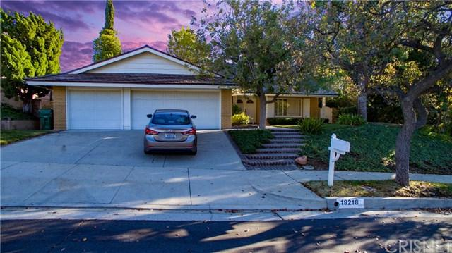 19218 Castlebay Lane, Porter Ranch, CA 91326 (#SR18281306) :: Fred Sed Group