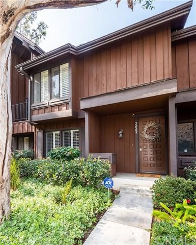 2069 Stonewood Court, San Pedro, CA 90732 (#SB18281631) :: Fred Sed Group