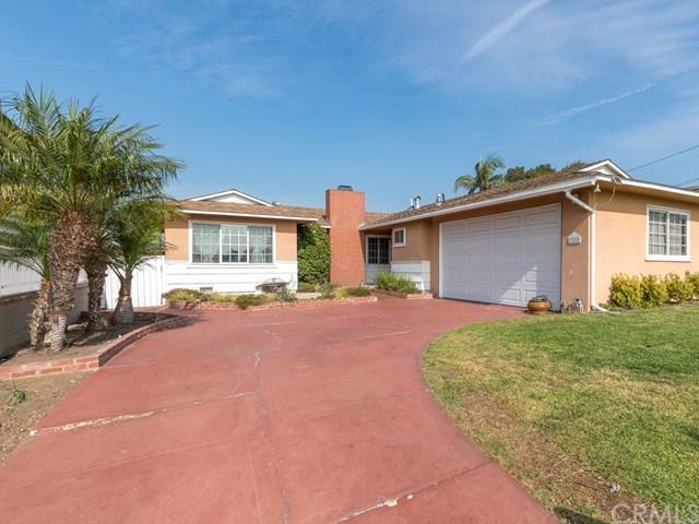 205 E Acacia Avenue, El Segundo, CA 90245 (#SB18277424) :: Millman Team