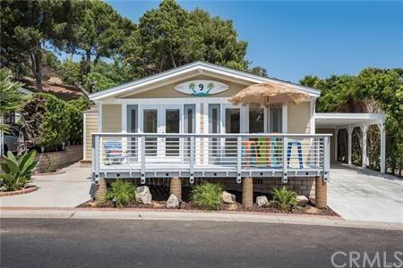 2275 W 25th Street #9, San Pedro, CA 90732 (#SB18282792) :: Fred Sed Group