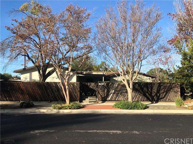 20400 Kinzie Street, Chatsworth, CA 91311 (#SR18282893) :: Fred Sed Group