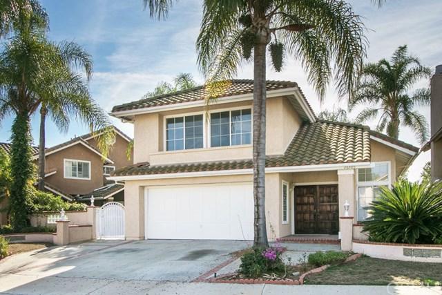 26305 Rosa Street, Laguna Hills, CA 92656 (#OC18282656) :: Hart Coastal Group