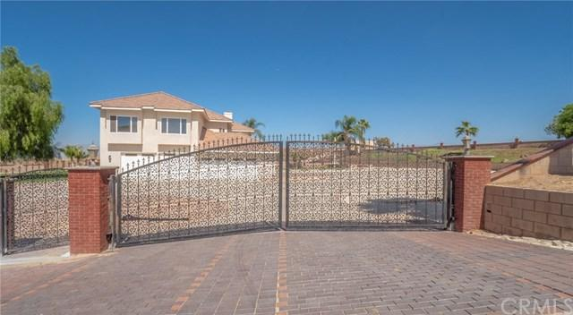 7055 Luane, Colton, CA 92324 (#SW18281104) :: Fred Sed Group
