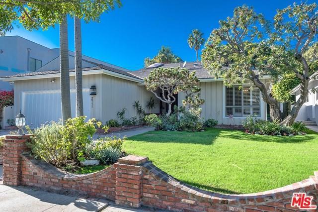 2711 S Beverly Drive, Los Angeles (City), CA 90034 (#18412366) :: PLG Estates