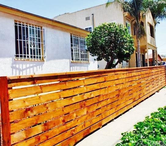 2815 Folsom Street, Los Angeles (City), CA 90033 (#OC18284061) :: Fred Sed Group