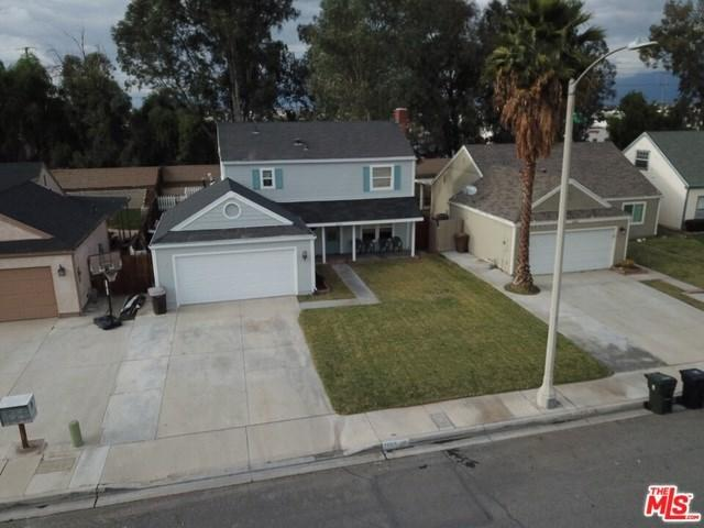 1009 Forest Drive, Colton, CA 92324 (#18412682) :: Fred Sed Group