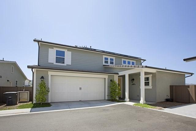 2677 Overlook Point Dr, Escondido, CA 92029 (#180065911) :: Fred Sed Group
