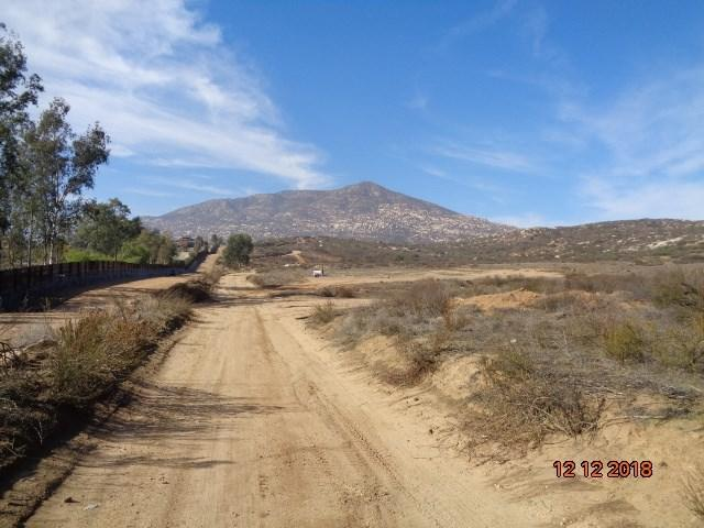 14 Tecate Truck Trail, Tecate, CA 91980 (#180065964) :: The Houston Team | Compass