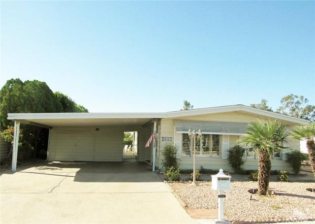 38301 Desert Greens Drive, Palm Desert, CA 92260 (#218033120DA) :: Fred Sed Group