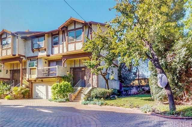 15610 Moorpark Street #7, Encino, CA 91436 (#SR18285015) :: Ardent Real Estate Group, Inc.
