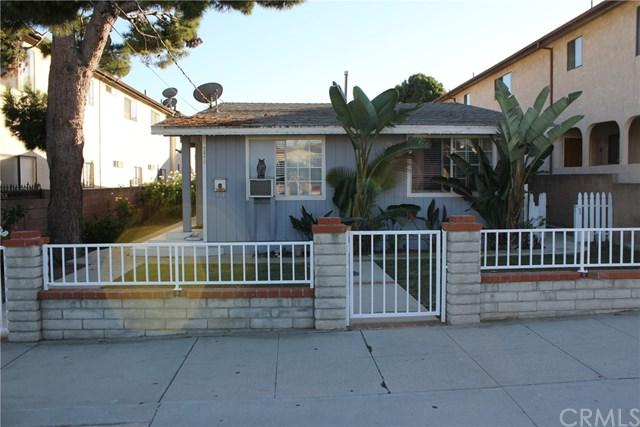 779 W 18th Street, San Pedro, CA 90731 (#PV18285132) :: California Realty Experts