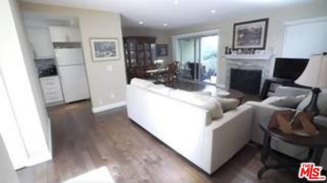 248 Oakleaf Drive #104, Thousand Oaks, CA 91360 (#18411400) :: Pismo Beach Homes Team