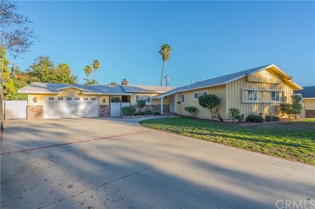 1572 Columbine Way, Upland, CA 91786 (#CV18285872) :: The Costantino Group | Cal American Homes and Realty