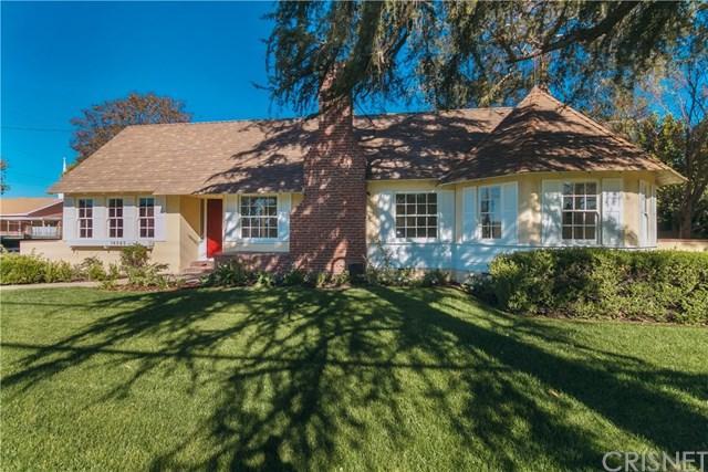 16565 San Fernando Mission Boulevard, Granada Hills, CA 91344 (#SR18286009) :: Mainstreet Realtors®