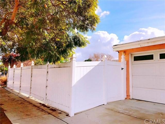 8837 Gramercy Drive, San Diego, CA 92123 (#WS18286521) :: Fred Sed Group