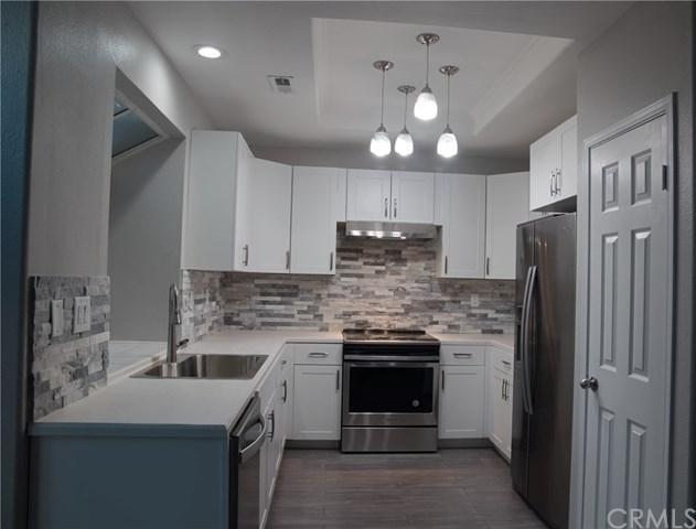 40393 Via Estrada, Murrieta, CA 92562 (#IG18286556) :: Ardent Real Estate Group, Inc.