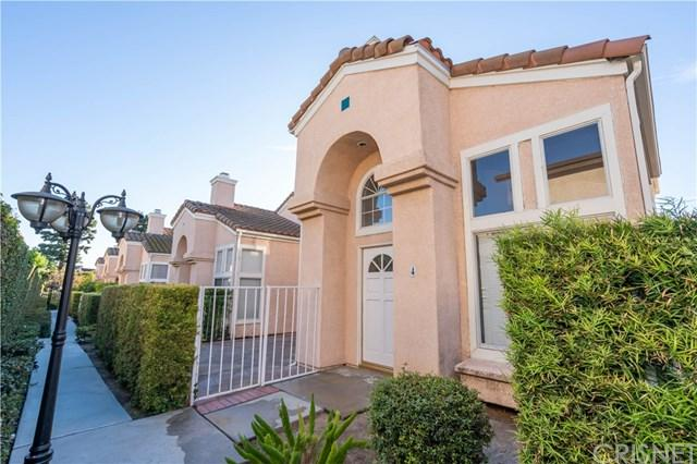 18440 Keswick Street #4, Reseda, CA 91335 (#SR18286571) :: Ardent Real Estate Group, Inc.