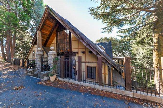 22879 Valley View Drive, Crestline, CA 92325 (#IV18286729) :: Fred Sed Group